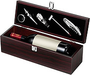 Wine set in gift boxBrown