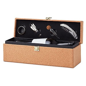 Wine set in cork laminated gift box with space for one wine bottle.